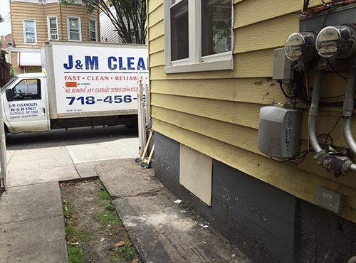Removing Unwanted appliances from driveway in New York City (after)